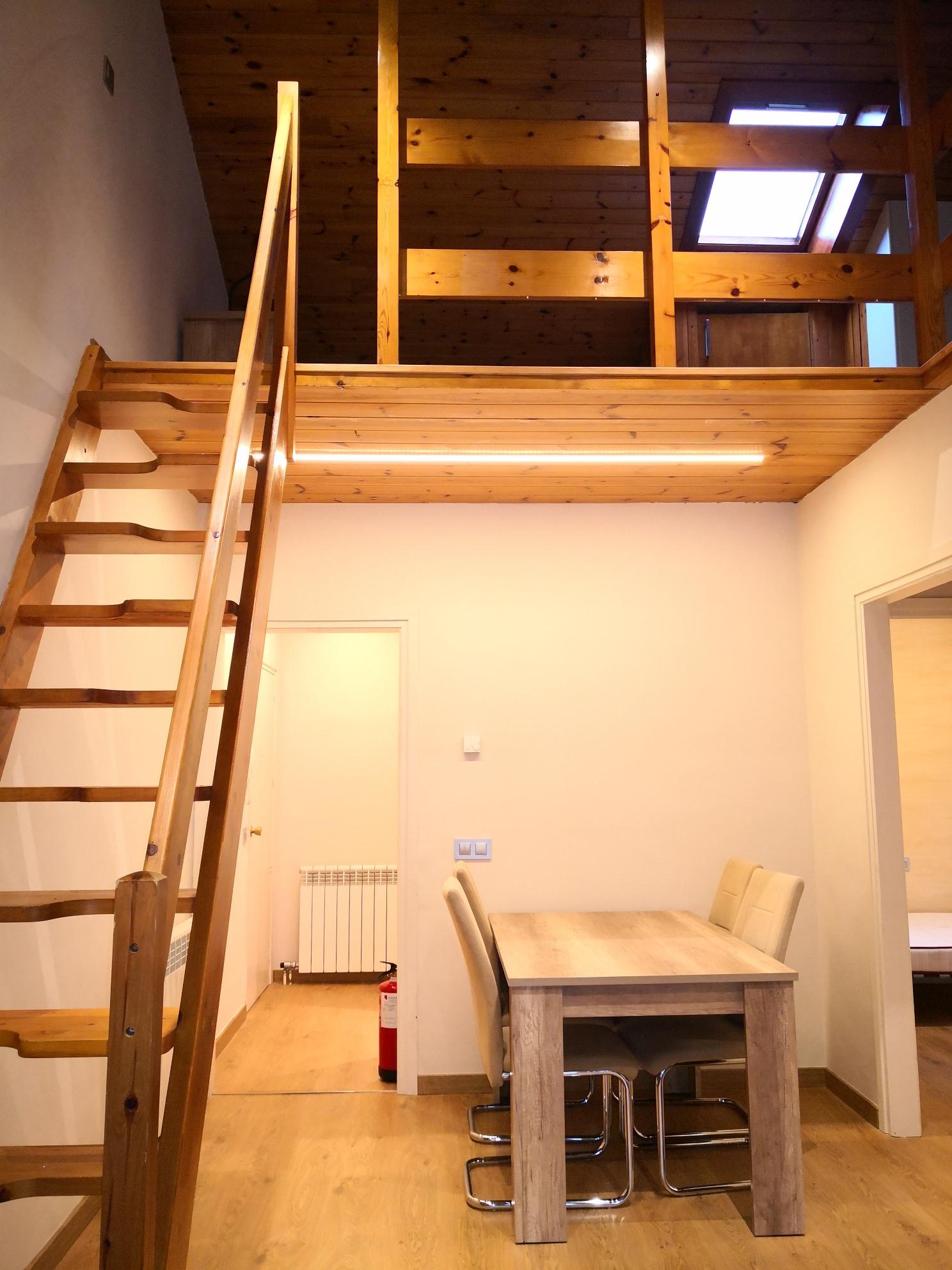 Àtic de lloguer a Ordino, 3 habitacions, 90 metres