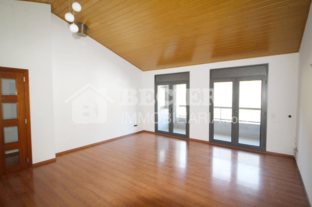 Àtic en venda a El Pas de la Casa, 3 habitacions, 121 metres