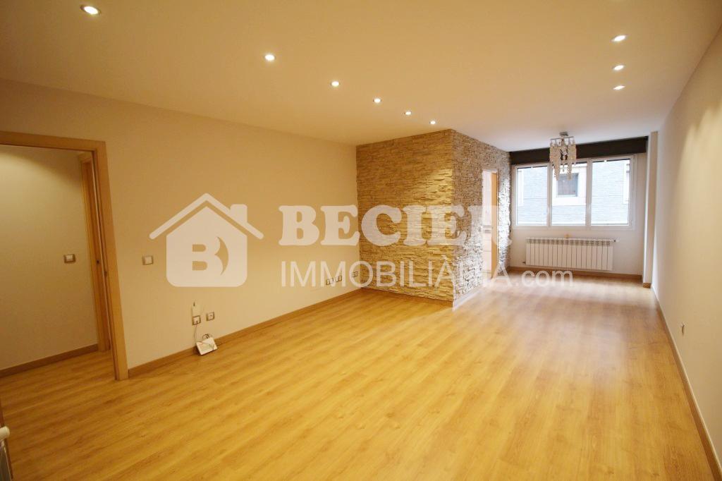 Pis en venda a Andorra la Vella, 3 habitacions, 105 metres
