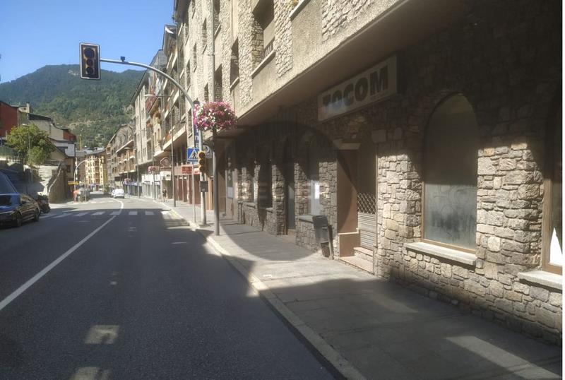 Local comercial en venda a Encamp, 550 metres