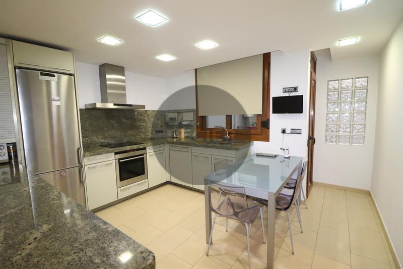 Dúplex en venda a Escaldes Engordany, 4 habitacions, 160 metres