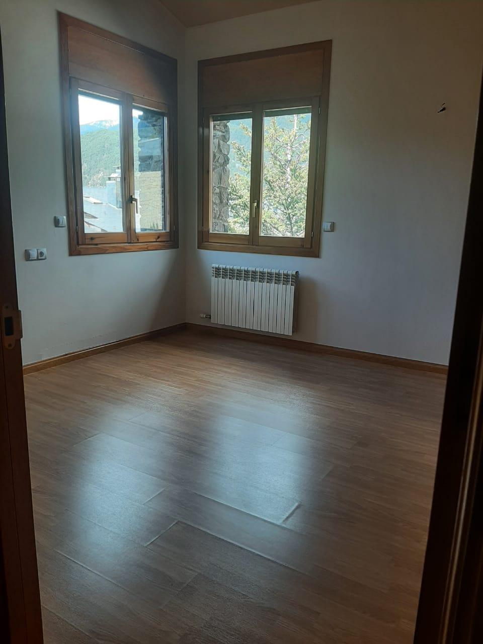 Àtic de lloguer a Anyós, 3 habitacions, 150 metres