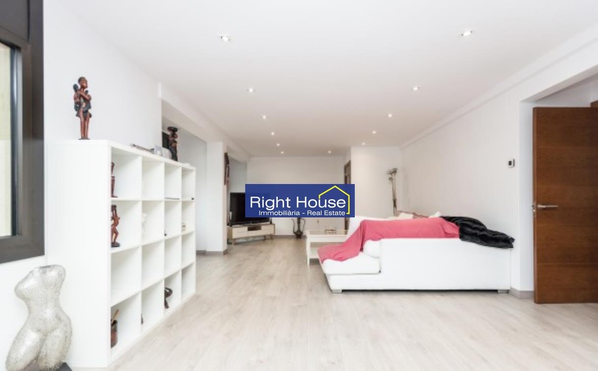 Pis en venda a Escaldes Engordany, 4 habitacions, 198 metres