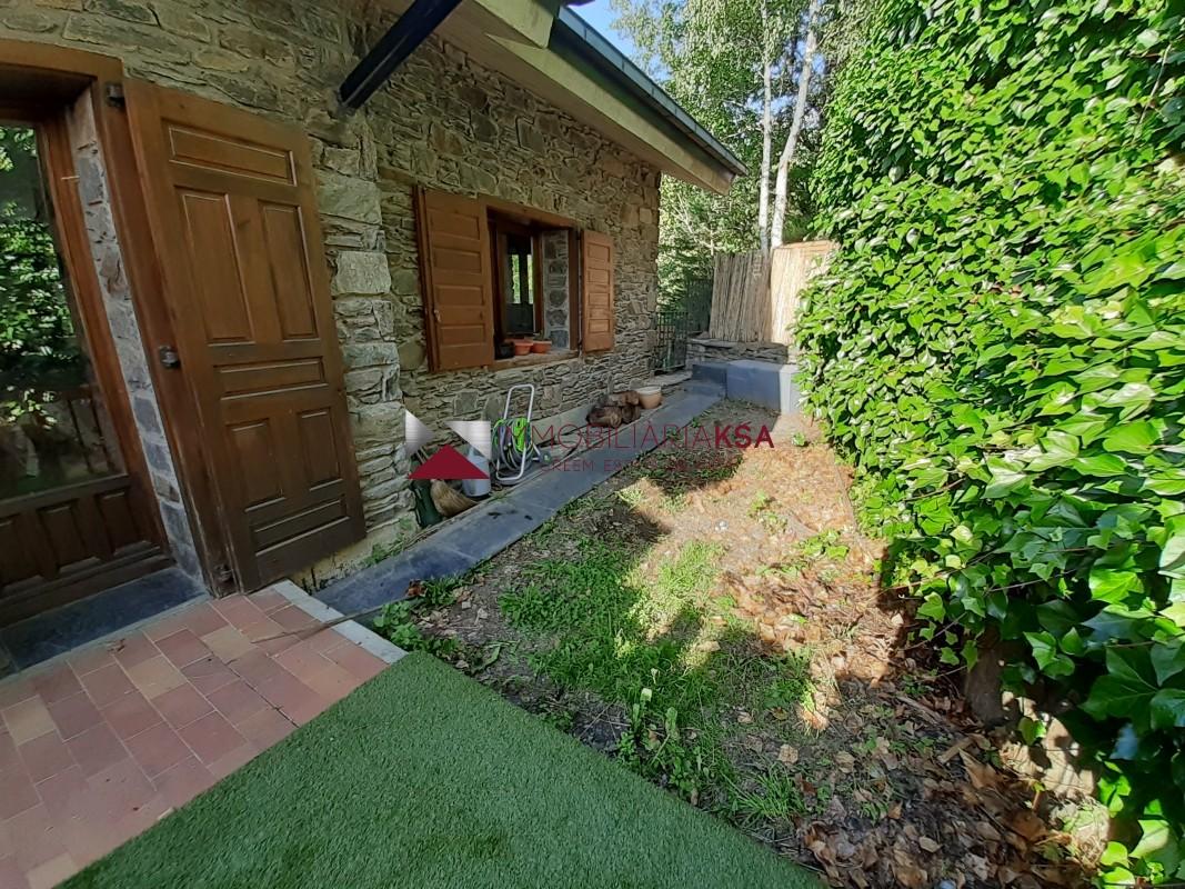 Casa adossada en venda a Ordino, 3 habitacions, 250 metres