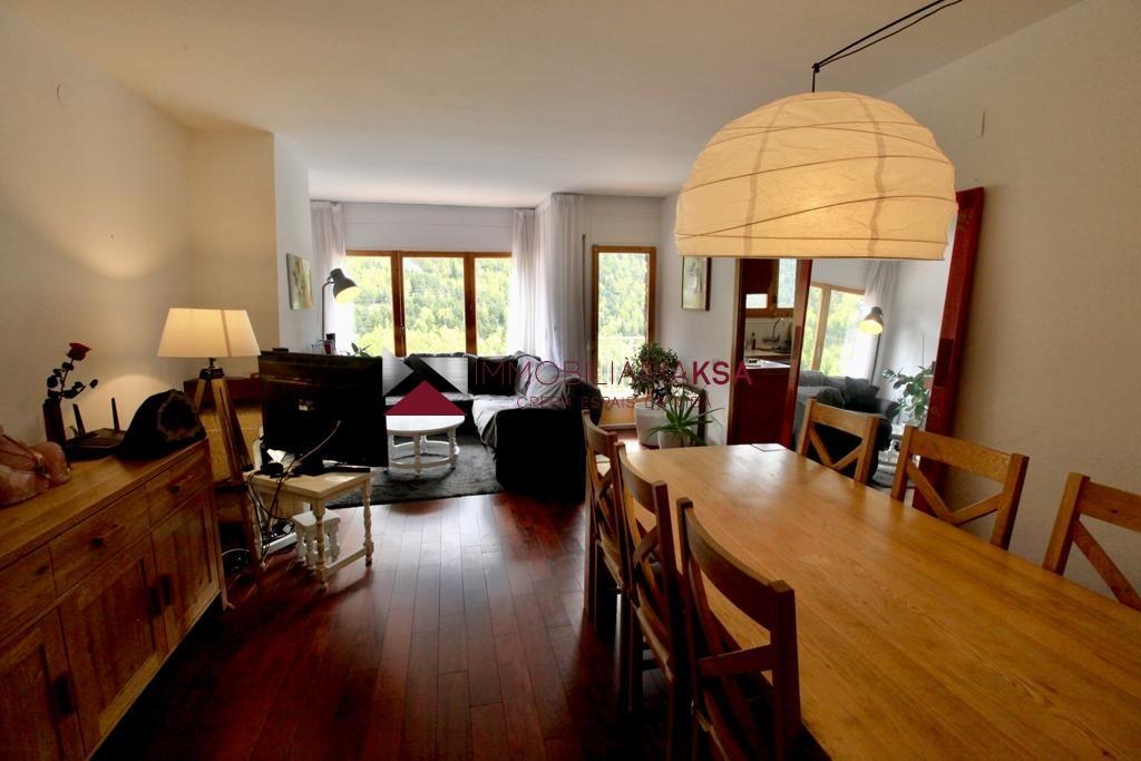 Pis en venda a Canillo, 3 habitacions, 90 metres