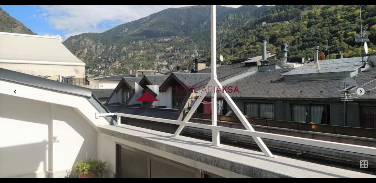 Àtic en venda a Andorra la Vella, 4 habitacions, 172 metres