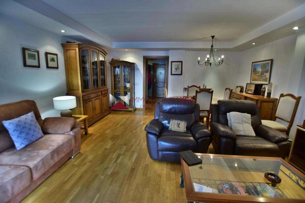 Pis en venda a Encamp, 3 habitacions, 122 metres
