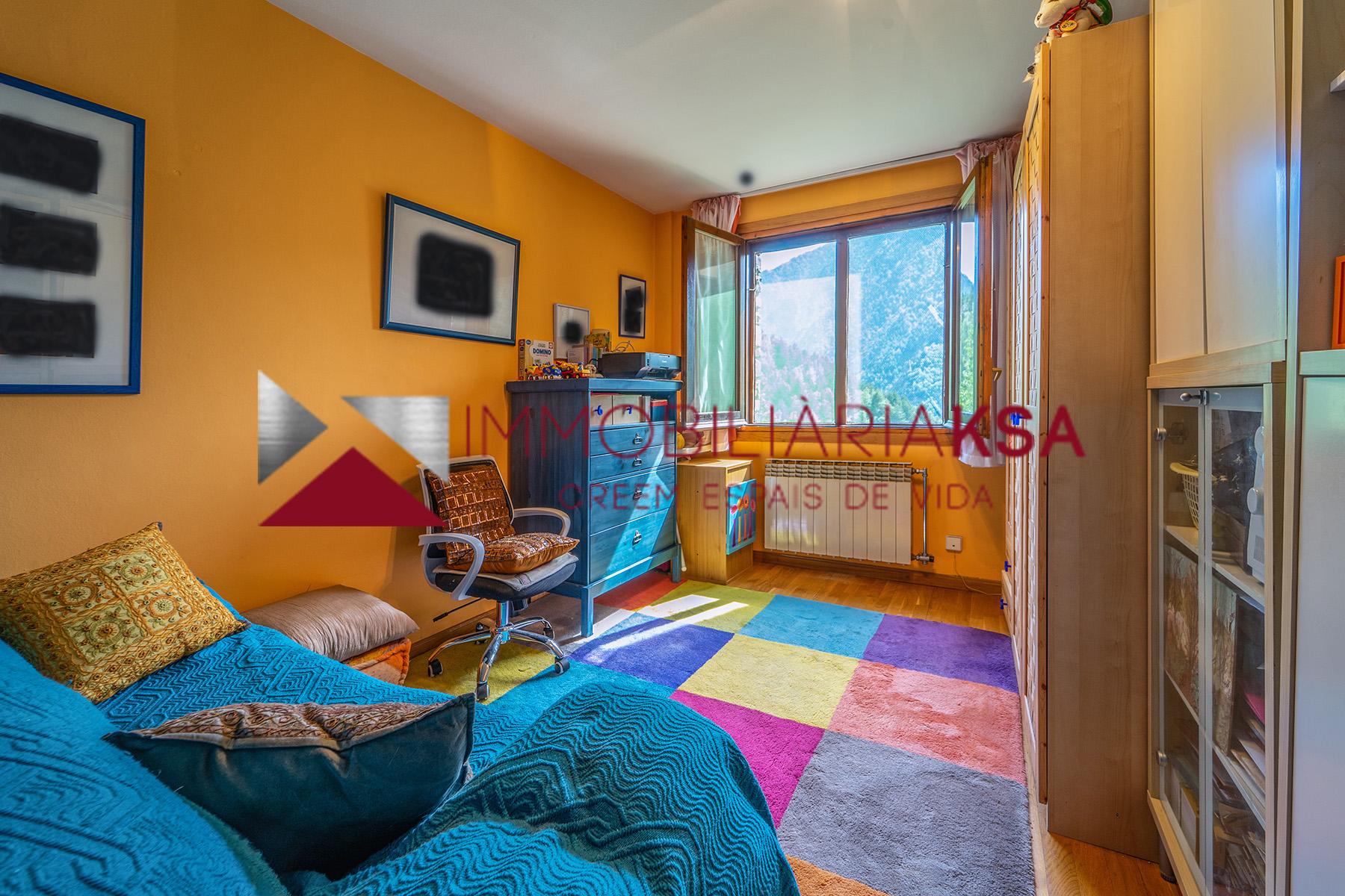 Pis en venda a Anyós, 2 habitacions, 94 metres