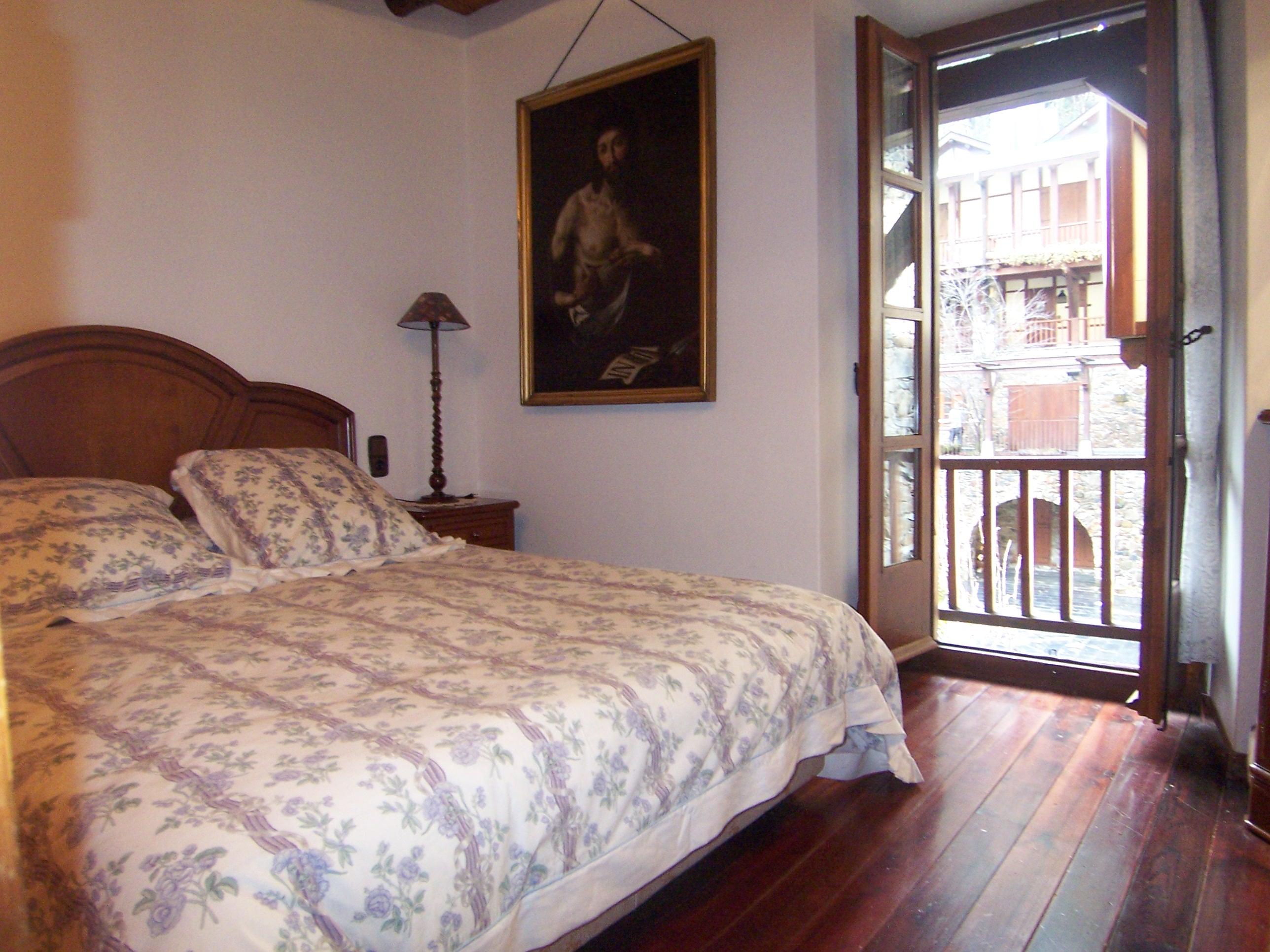 Casa adossada en venda a Arinsal, 3 habitacions, 102 metres