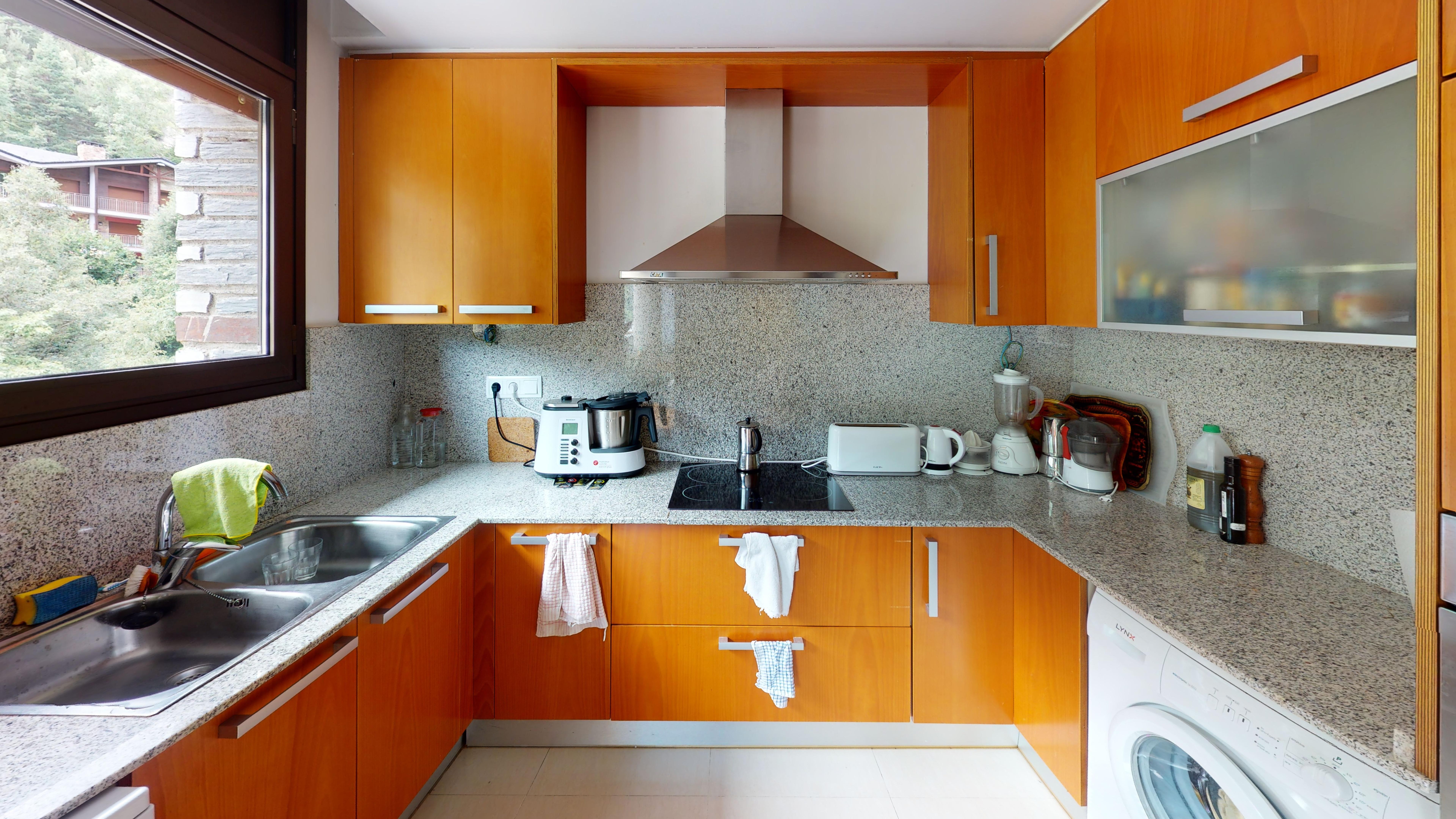 Pis en venda a Arinsal, 3 habitacions, 106 metres
