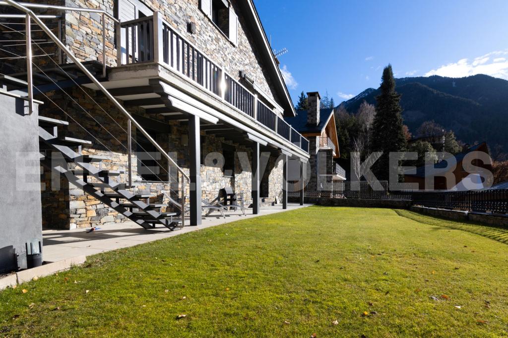 Xalet en venda a Escaldes Engordany, 4 habitacions, 295 metres