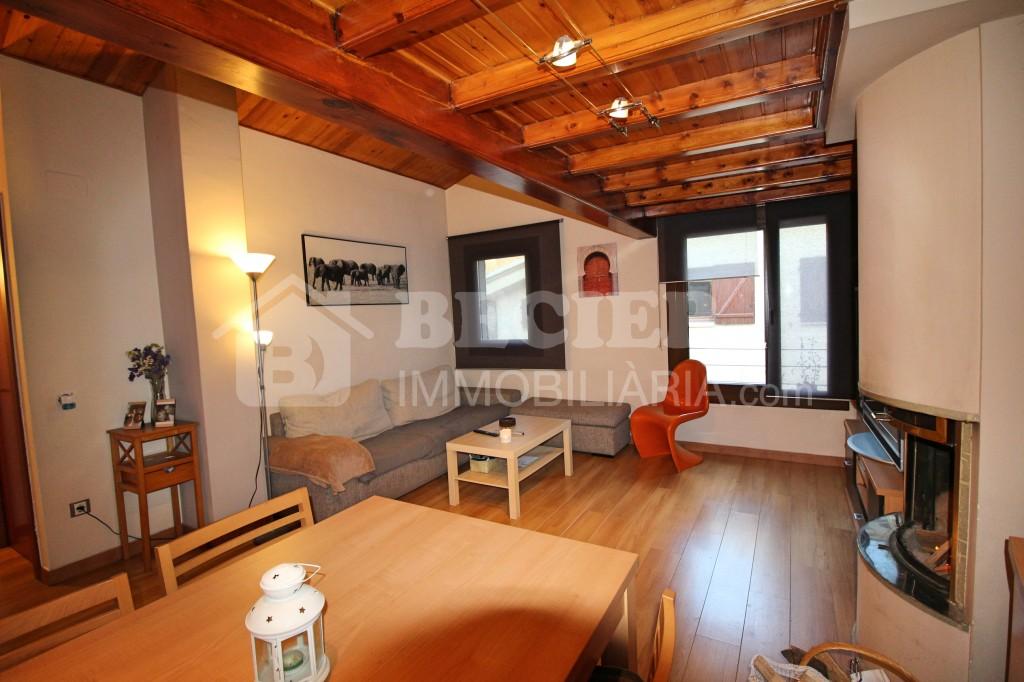 Pis en venda a Els Cortals, 2 habitacions, 80 metres