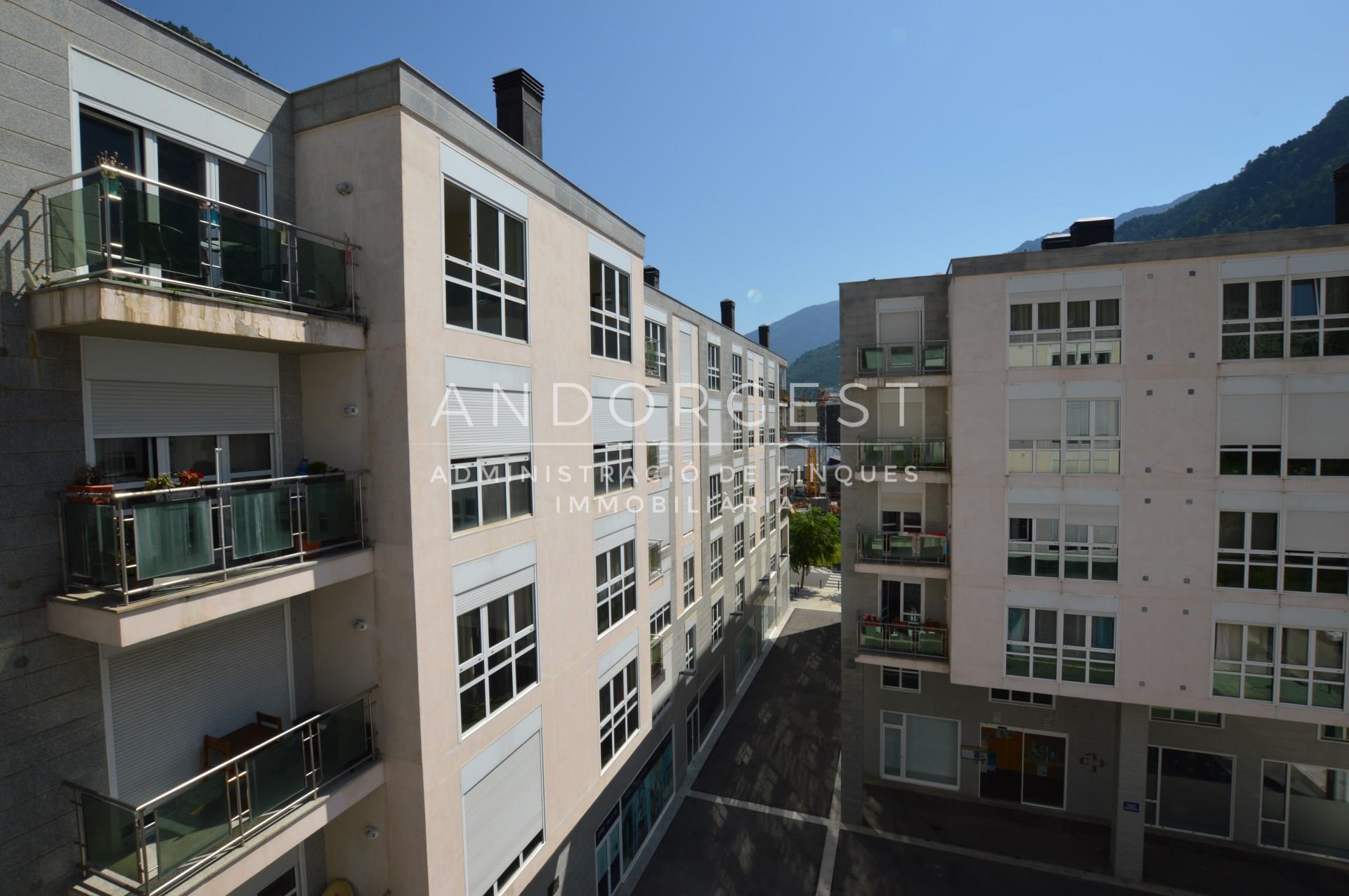Pis en venda a Andorra la Vella, 3 habitacions, 115 metres