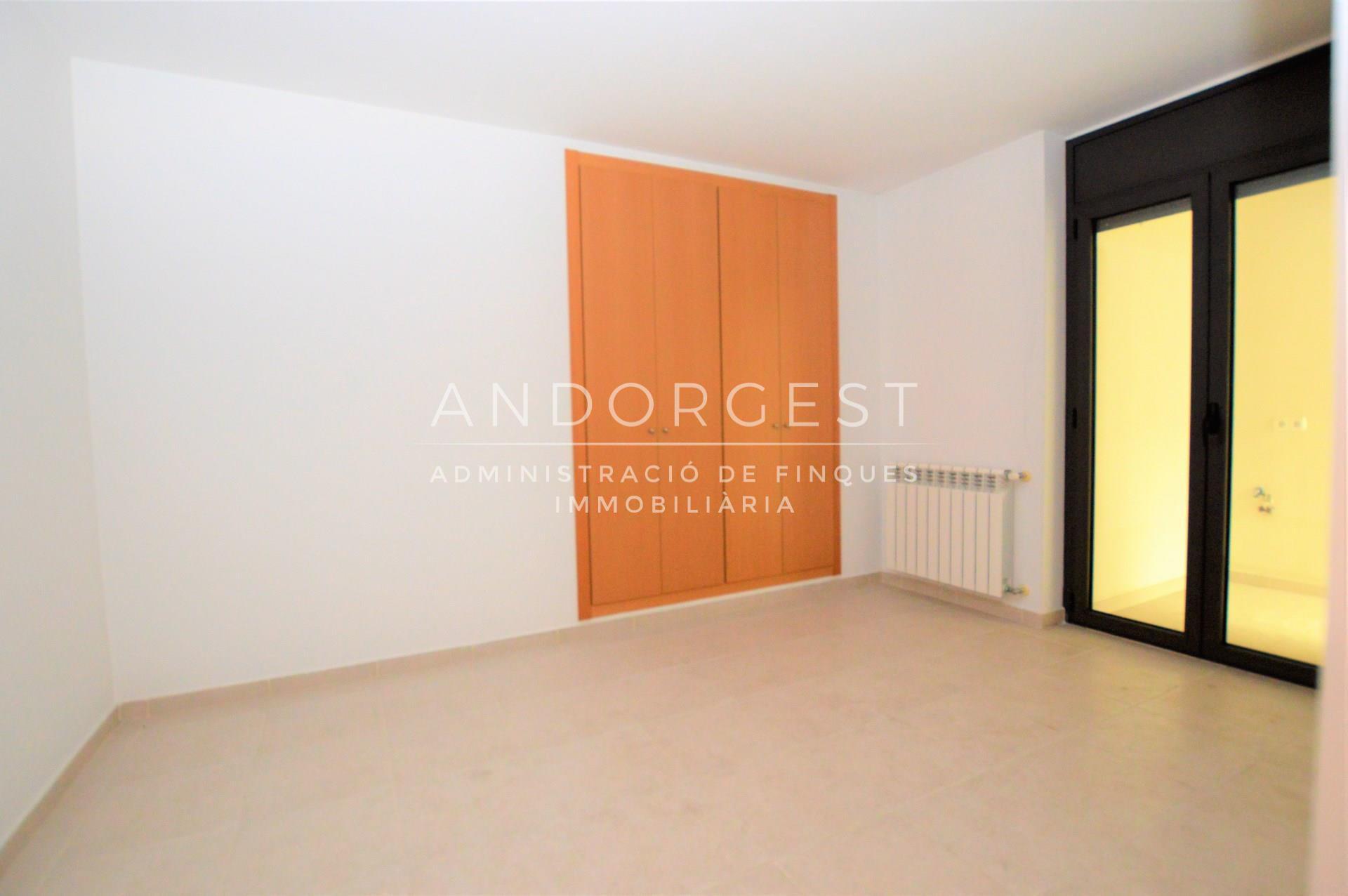 Pis en venda a Sant Julià de Lòria, 3 habitacions, 117 metres